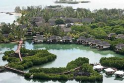 Safari Club Premium Accommodation - Constance-Le-Prince-Maurice-Mauritius