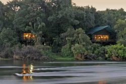 Safari Club Classic Accommodation - Islands_of _Siankaba