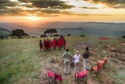 Safari Club Premium Accommodation - Kleins_Camp_andBeyond