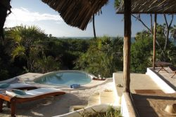 Safari Club Classic Accommodation - Ras_Kutani