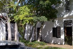 Safari Club Classic Accommodation - Akademie_Street_Boutique_Hotel