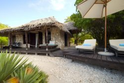 Safari Club Premium Accommodation - Azura_Quililea_Private_Island