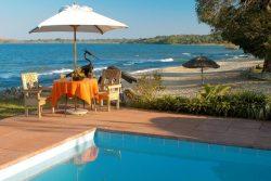 Safari Club Entry Accommodation - Chinteche Inn