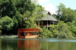 Safari Club Entry Accommodation - Divava_Okavango_Lodge_and_Spa