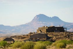Safari Club Classic Accommodation - Doro_Nowas