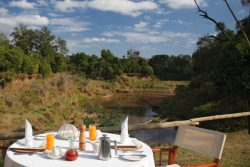 Safari Club Premium Accommodation - Governors_Il_Moran
