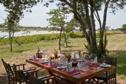 Safari Club Classic Accommodation - Kicheche_Liakipia