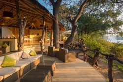 Safari Club Premium Accommodation - Mkulumadzi-Lodge