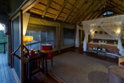 Safari Club Classic Accommodation - Savute_Camp