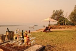Safari Club Entry Accommodation - Zambezi_Life_Styles_Camp