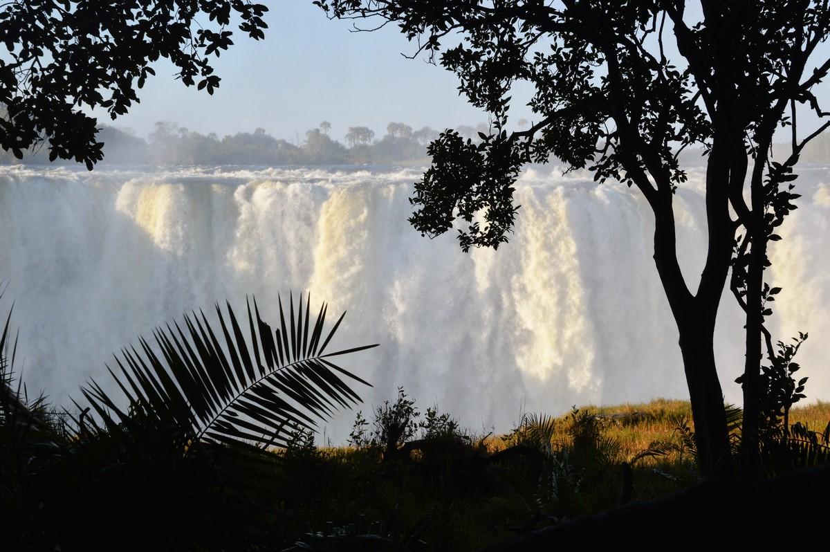 Victoria Falls in spate